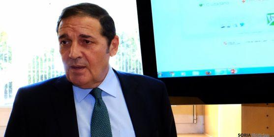 Antonio Sáez, este lunes, en la presentación del portal. / Jta.