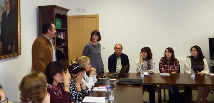 La vicerrectora en la reunión de este lunes. / UVa