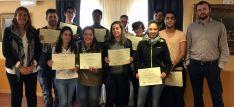El grupo con sus diplomas./CCIS