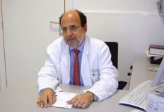Dr. Ramón Estruch.