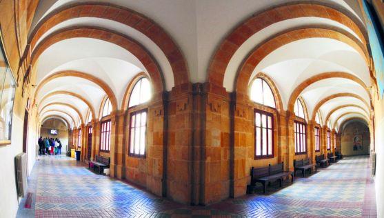 El patio interior del IES Machado, en la capital soriana. / SN