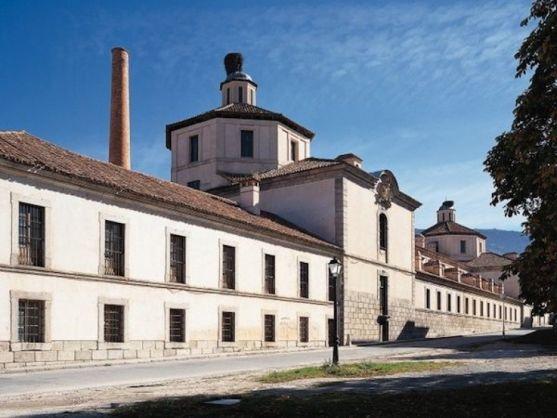 Escuela Superior de Vidrio.