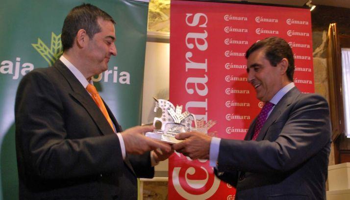 Alberto Santamaría (izda.) y Carlos Martínez Izquierdo este jueves. / SN