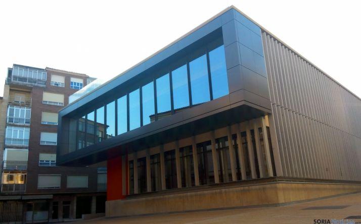 Imagen del edificio del mercado de abastos. / SN