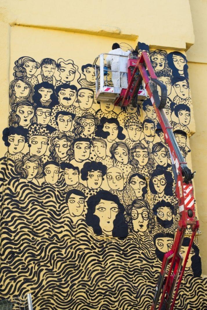 Murall de Sara Fratini, en la calle Mayor. /Ayto.