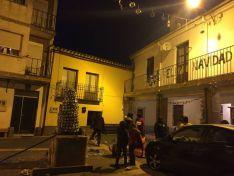 Detalles festivos en el barrio de Las Casas.