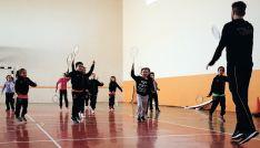 Los pequeños, en un entrenamiento./CVB