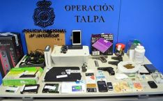 Droga, armas y material confiscado./CNP