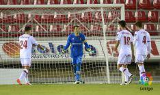 Cabrero sorprendido ante el gol rojillo. LFP
