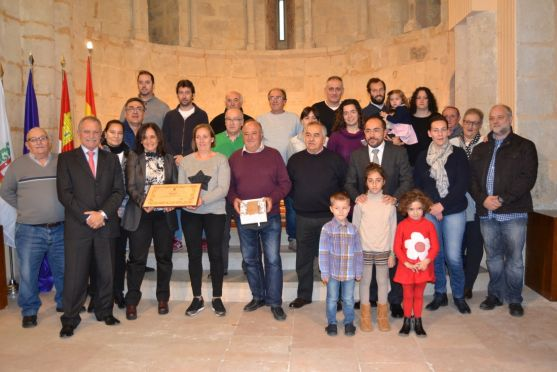 Entrega del Premio Colodra a la Cofradía San Pascual Bailón. /SN