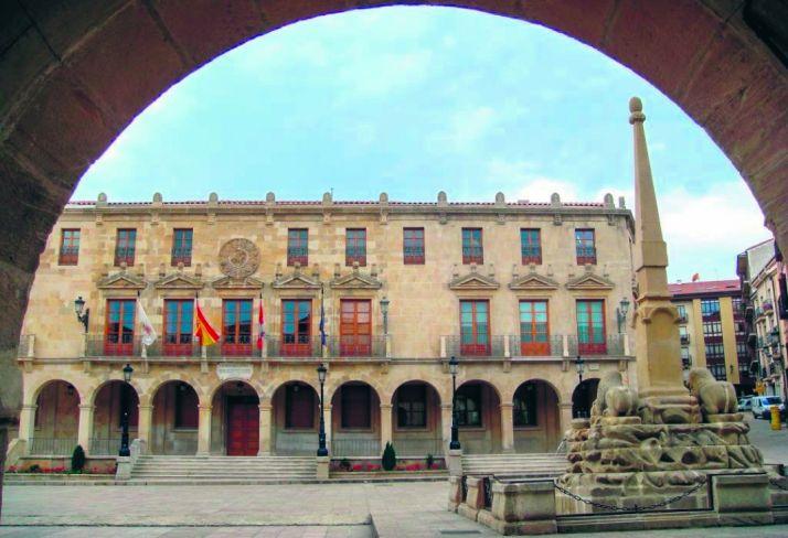 Imagen de la casa consistorial de Soria. /SN