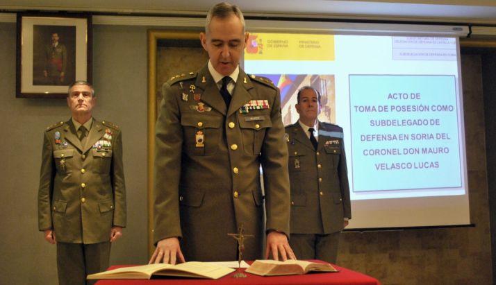 El coronel Velasco en la toma de posesión./SN