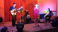 El grupo The Feelings en su actuación en San Pedro Manrique.