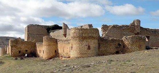 Imagen del castillo de Caracena.
