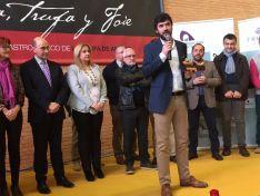 Óscar García recogiendo el galardón Trufa de Oro 2017. /SN