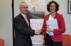 Firma del contrato Proyecto Clima. /Junta