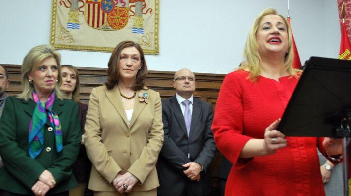 Yolanda de Gregorio, en su discurso junto a Heredia y Salgueiro. /SN