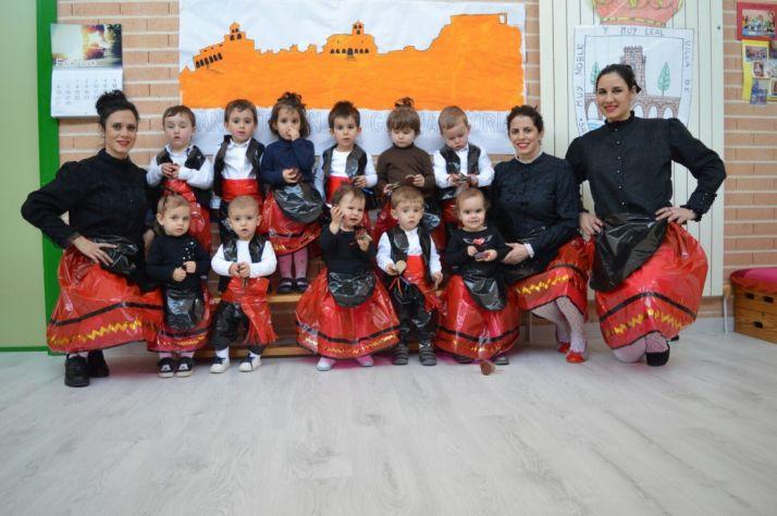 Foto 1 - Los pequeños del E.E.I. La Alameda de San Esteban también celebran el carnaval
