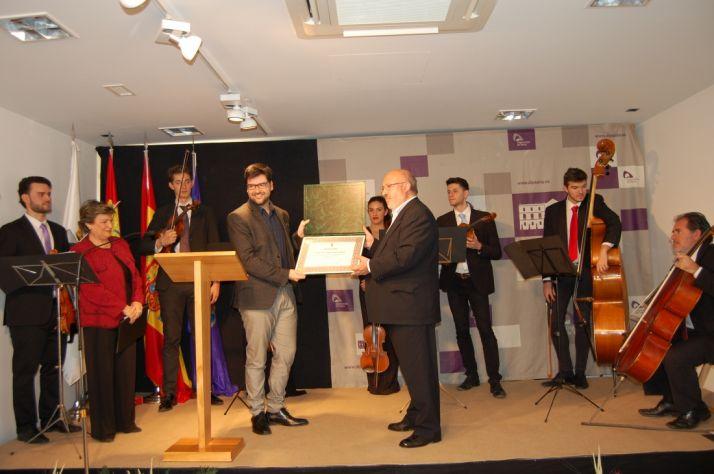 Foto 2 - La Diputación de Soria entrega los Premios de Poesía Leonor y Gerardo Diego a José Manuel Martín y Álvaro López