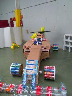 Imágenes de los objetos realizados con materiales reciclados/ COLEGIO CALASANCIO
