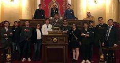 El grupo, en el Senado.