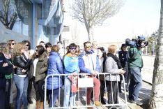 Sorianos esperan la llegada de la Reina. /Patricia Lapresta