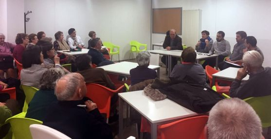 Reunión del Ayuntamiento con vecinos de Santa Bárbara. /Ayto.