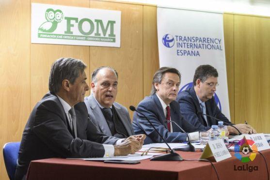 Javier Tebas, presidente de la LFP, en la presentación del informe.