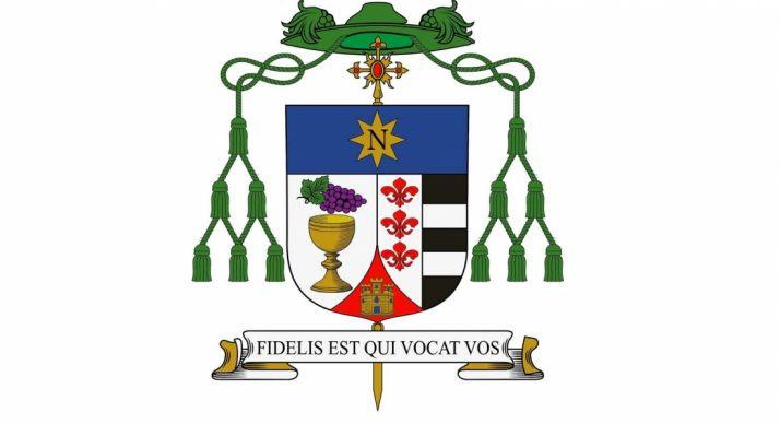 El escudo episcopal del obispo electo Abilio Martínez Varea. /DOS