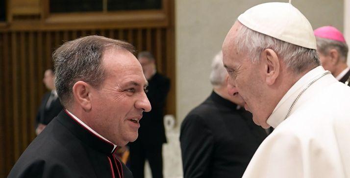 Martínez Varea, con el Papa Francisco en una imagen de este año. /DOS