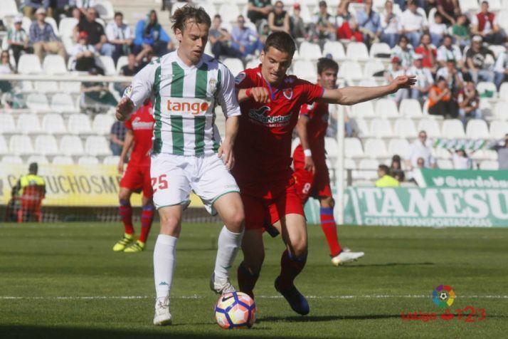 Foto 2 - El Numancia se lleva un punto tras empatar sin goles en Córdoba