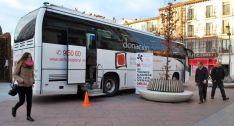 El autobús del Chemcyl en Granados./SN