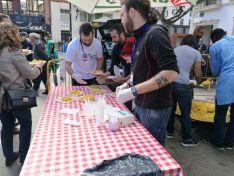 Paella solidaria en la Plaza Herradores/ SN