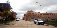Una calle de San Pedro Manrique bajo un cielo cubierto este miércoles. /SN