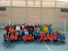 Participantes a las 12 horas de mini-voley.