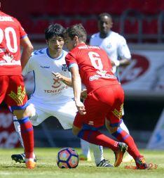 Un gran centro de Iñigo y el remate del central logran el empate.