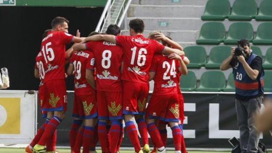 Los jugadores celebran los goles/ LFP