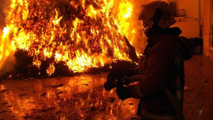 Un bombero en Castilla y León.