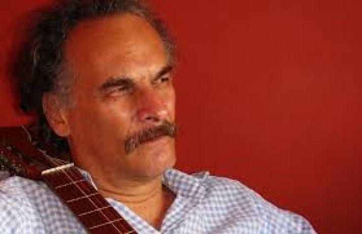 El cantante Lino Bolaños