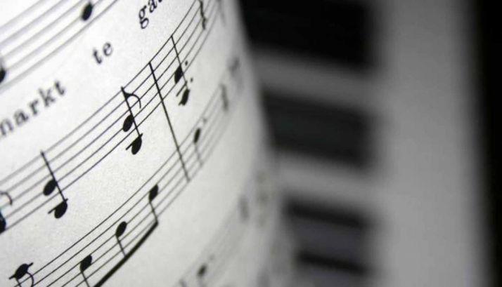 Foto 1 - Saxofón y piano este sábado en el Casino