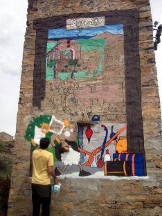 Los trabajos de pintura del mural./ACAS