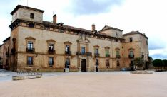 El palacio de los Hurtado de Mendoza alberga la oficina de turismo de Almazán. /SN