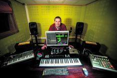 El DJ soriano Nenete da un salto en su trabajo muisical con su primer disco. /D.A