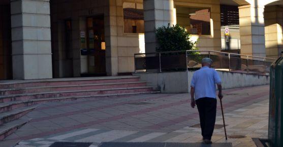 La Benemérita ofrece charlas y consejos para preservar la seguridad a los jubilados./SN