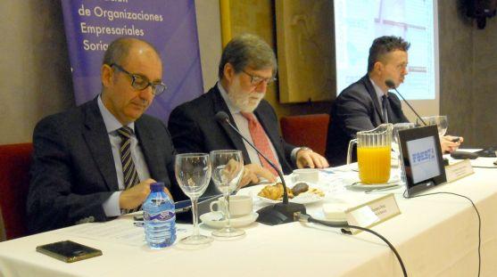 Pisonero, (izda.), Aparicio y Tordesillas este lunes. /SN