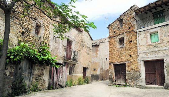 Imagen de una calle de Valdeprado, en Tierras Altas. /SN