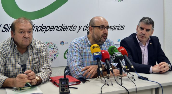 Hernando (izda.), Borra y Castro, de CSIF.