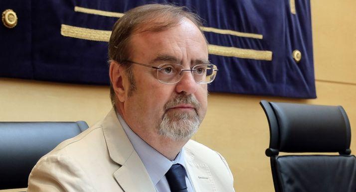Fernando Rey, consejero de Educación en la presentación de los presupuestos./Jta.