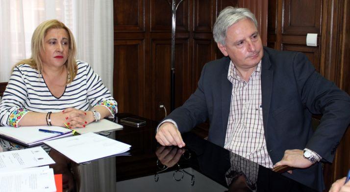 La subdelegada y el vicerector del Duques de Soria./Subdelg