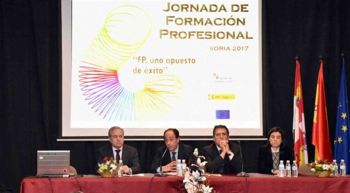 Agustín Sigüenza, Manuel López, Javier Barrio y Sonia Martínez. /Jta.